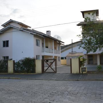Candeias Casa Amarela